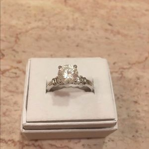 Jewelry - Bling diamond like cz sterling silver ring wedding